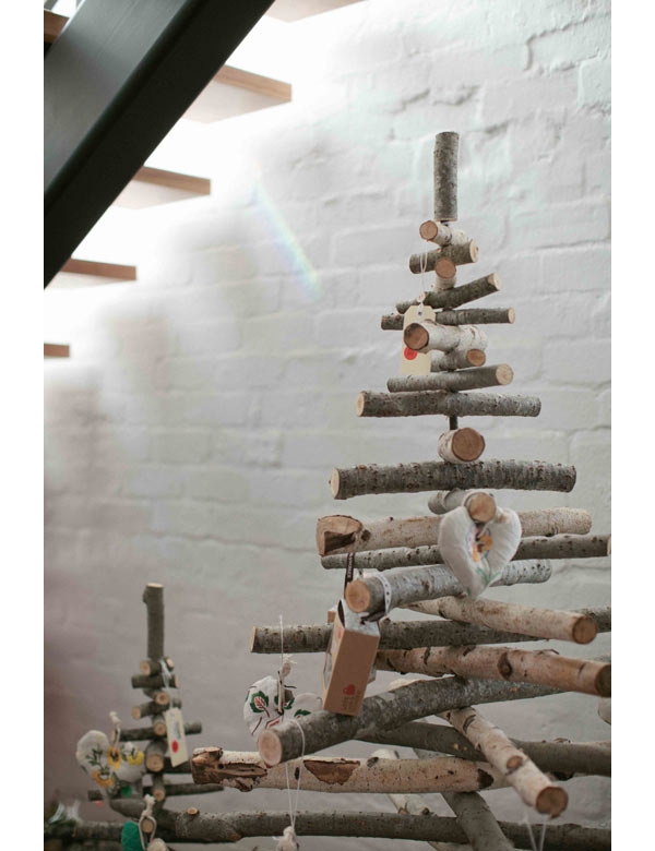 modern christmas tree decorating ideas - Modern Christmas Decorating Ideas