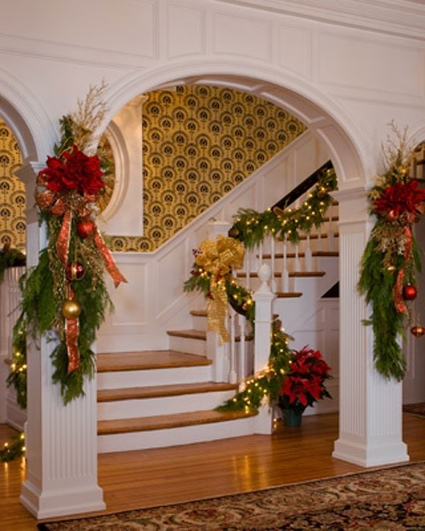 31 Stair Decor Ideas To Make Your Hallway Look Amazing: 30 Best Christmas Staircase Decoration Ideas · Wow Decor