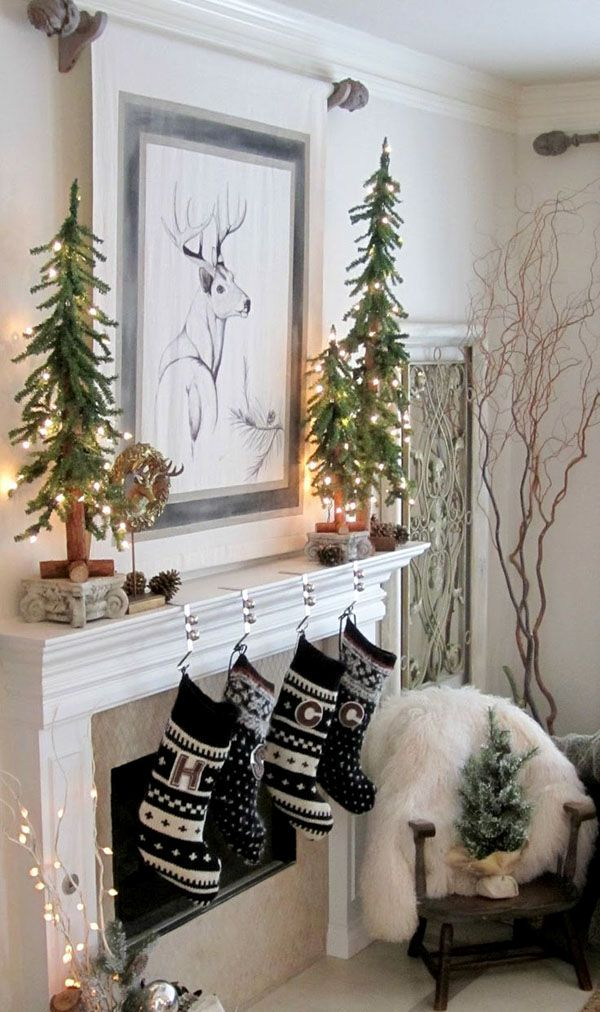 Wonderfully modern Christmas decorated living rooms