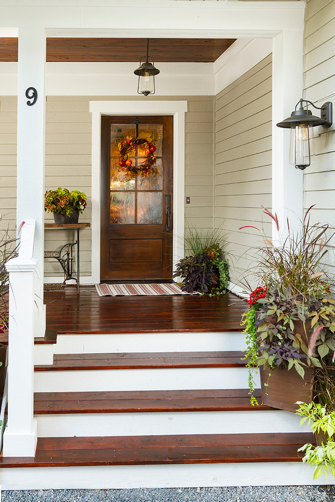 traditional-entry-decor