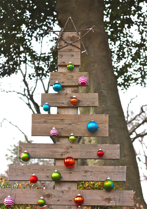 affordable best outdoor christmas decorations with 30 best simple wall decoration crafts - Outdoor Christmas Wall Decorations