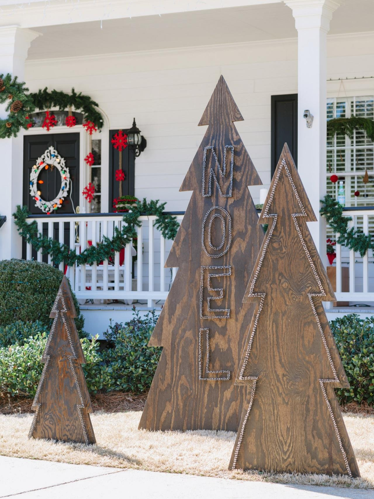 30 Best Outdoor Christmas Decorations Ideas on Lawn Decorating Ideas id=61880