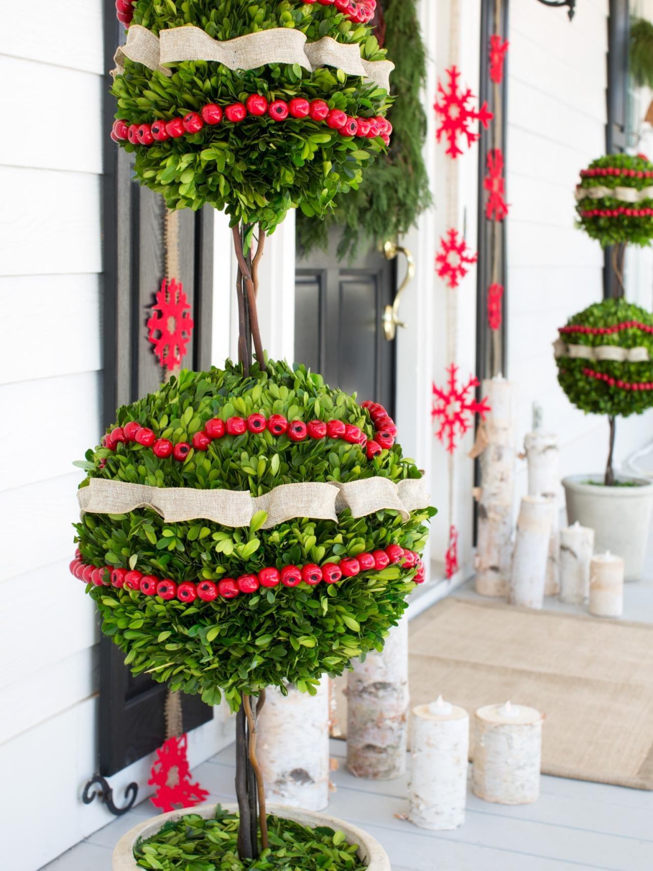outdoor christmas decoration ideas 30 best outdoor decorations ideas 10084