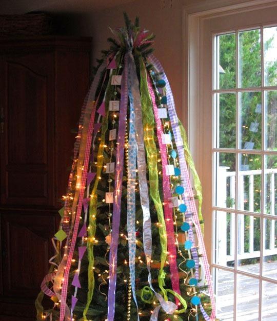 Christmas Tree Decorated With Ribbon Thewowdecor
