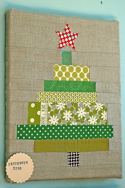 DIY Christmas Wall Art Ideas Thewowdecor (1)