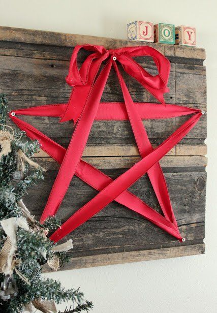 DIY Christmas Wall Art Ideas Thewowdecor (5)
