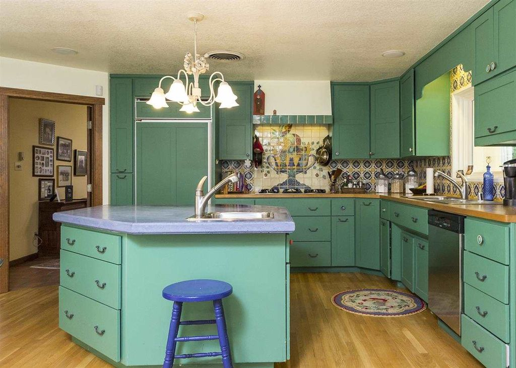 35 inspiring eclectic kitchen design ideas for Eclectic kitchen ideas
