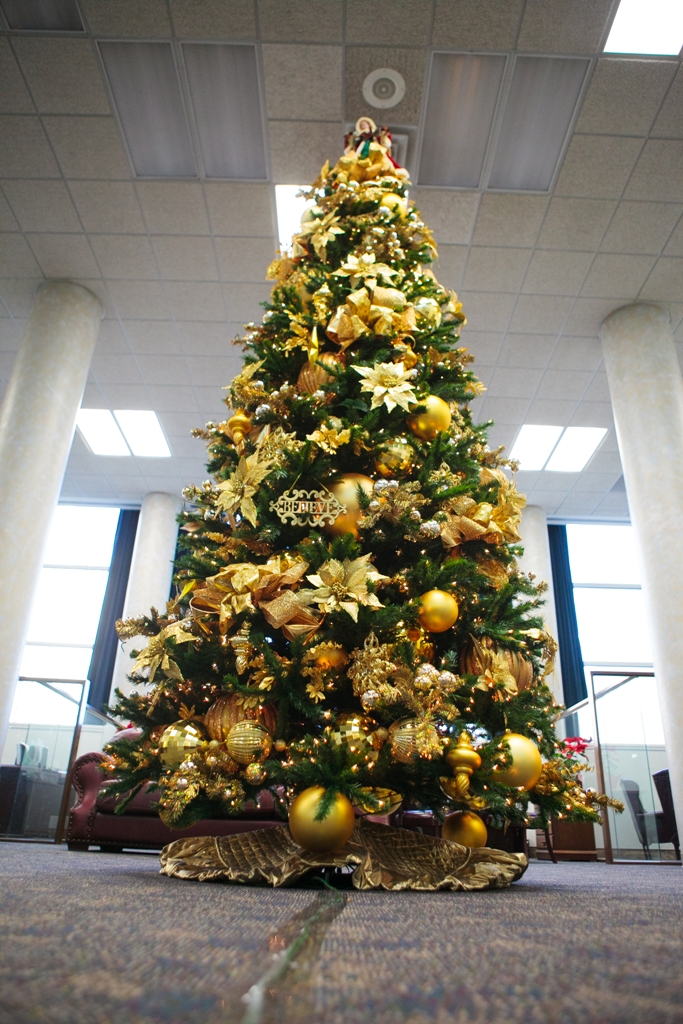 Gold And Red Christmas Tree Decorations