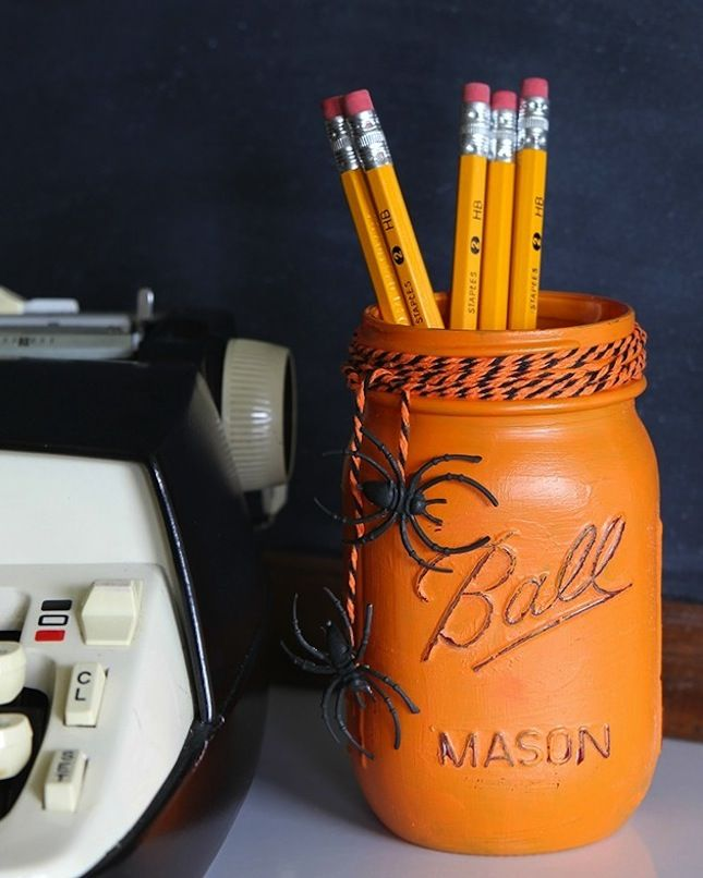 Halloween Decor Ideas for a Spooky Office or Cubicle