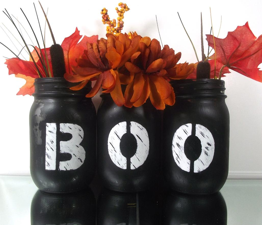 Halloween-Decorations-boo-Mason-jars