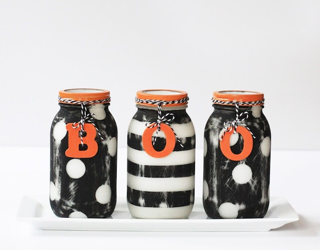 Halloween-Painted-Mason-Jars