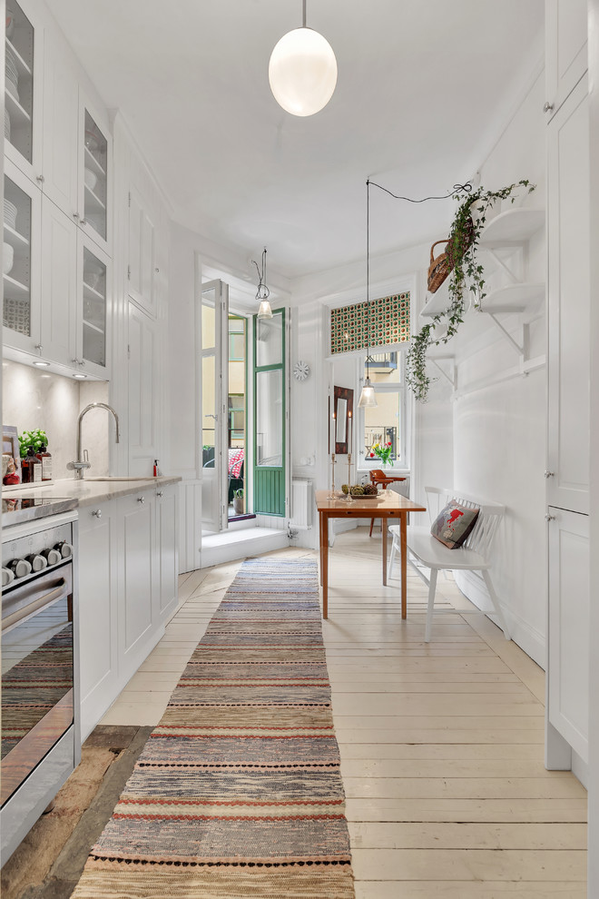 Midsized Scandinavian Kitchen
