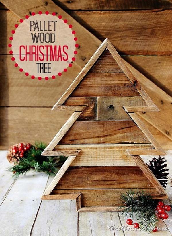 Pallet Wood Christmas Tree Thewowdecor