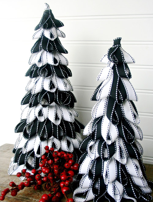 Ribbons Christmas Tree Thewowdecor
