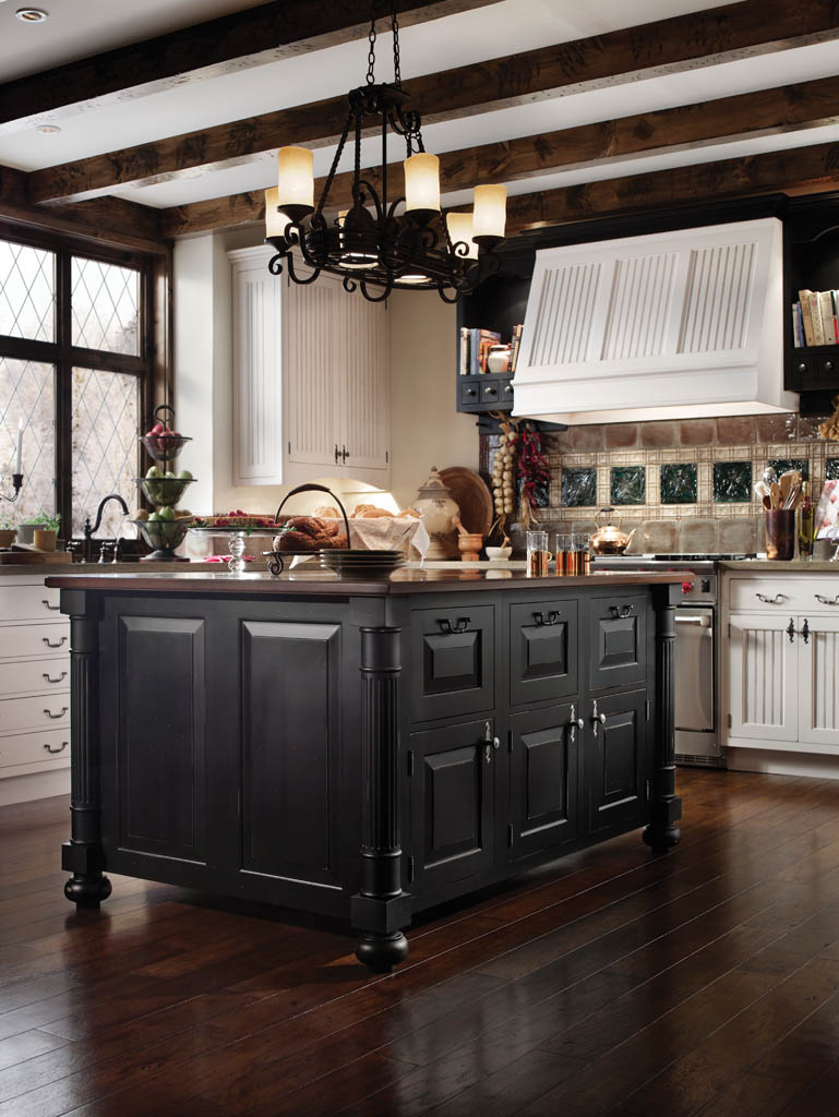 Traditional-European-Kitchen-Design