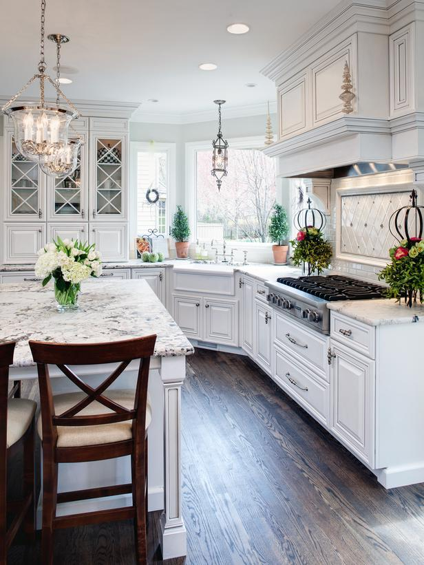Traditional-White-Kitchen