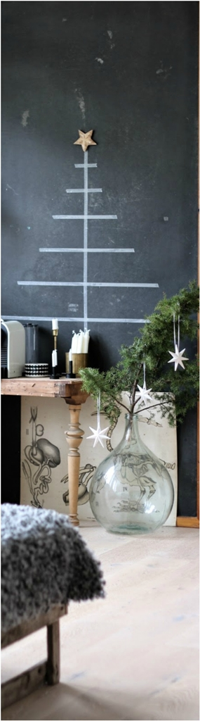 minimal-DIY-Chalkboard Tree
