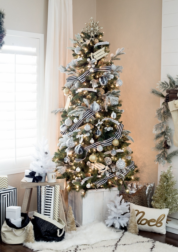 Best Decorated Christmas Trees 2017 (27)