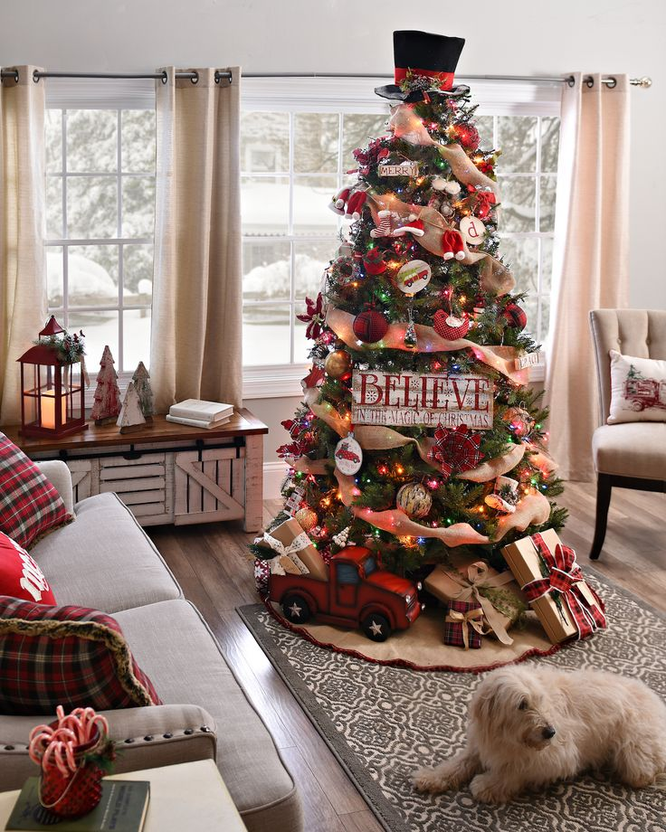 Country Christmas Decoration Ideas. Burlap Christmas Tree Thewowdecor