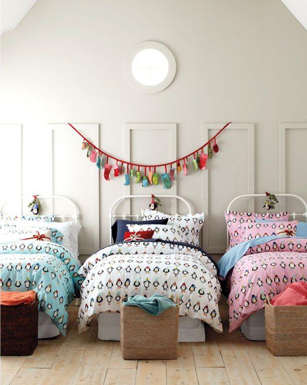 Christmas Bedroom Decor Ideas thewowdecor (1)