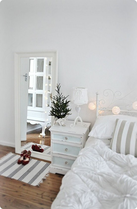 christmas bedroom decor ideas thewowdecor 17 - Christmas Bedroom Decor Ideas