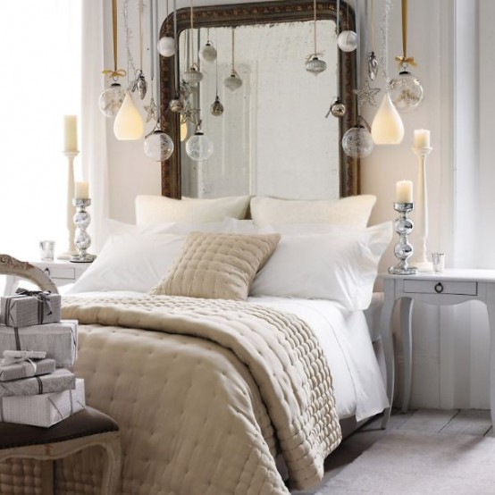 Christmas Bedroom Decor Ideas thewowdecor (8)