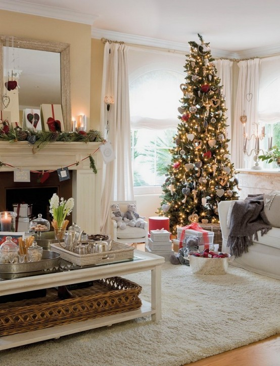 Christmas Living Room Decor Ideas thewowdecor (25)