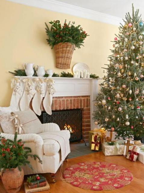 Christmas Living Room Decor Ideas thewowdecor (37)