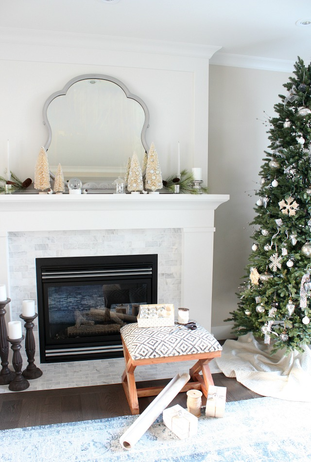 Christmas Living Room Decor Ideas thewowdecor (47)