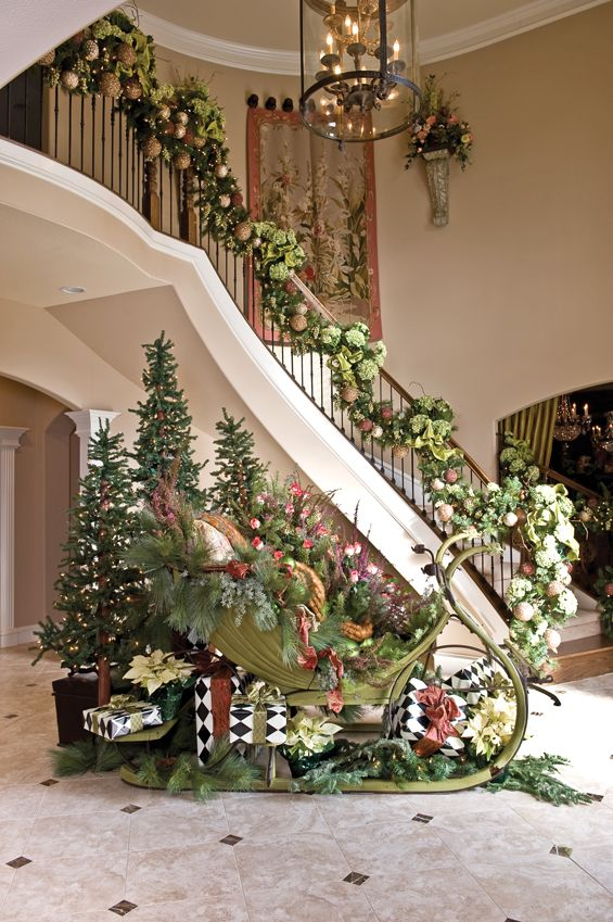 Christmas Stairs Decoration Ideas thewowdecor (2)