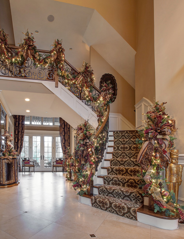 Christmas Stairs Decoration Ideas thewowdecor (30)