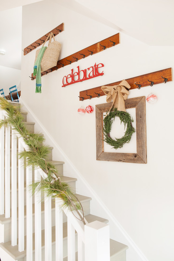 Christmas Stairs Decoration Ideas thewowdecor (6)