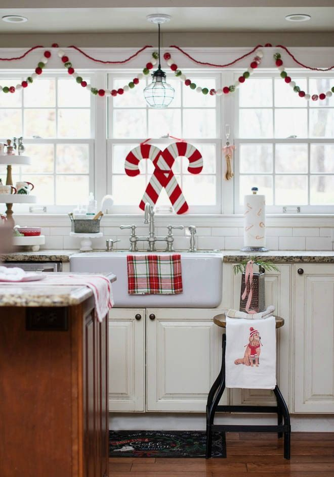 Farmhouse christmas kitchen ideas
