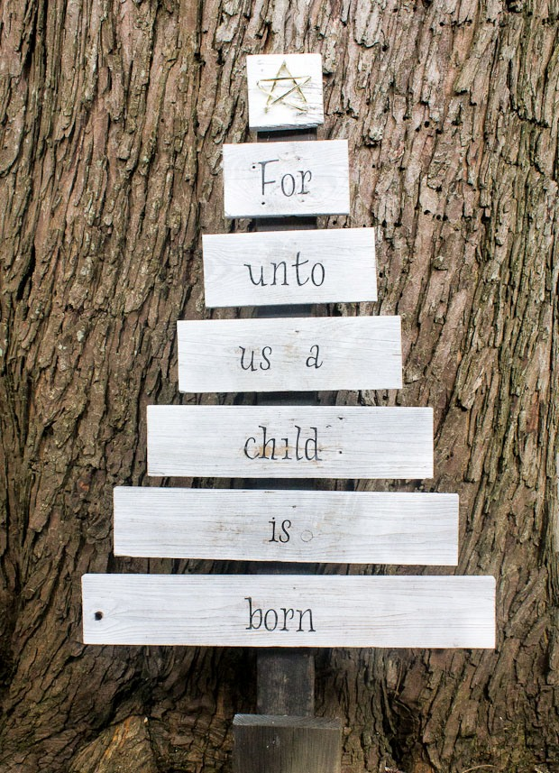 Fence Board Christmas Tree