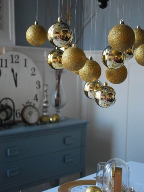 Gold Christmas Decoration Ideas (10)