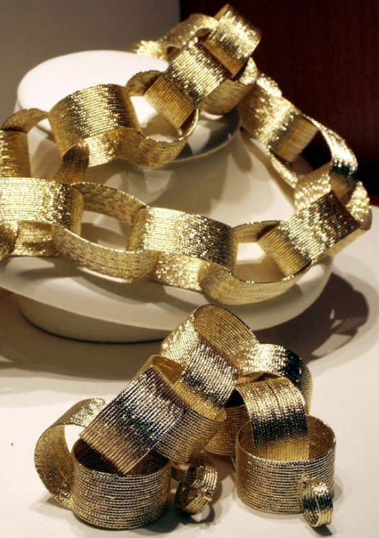 Gold Christmas Decoration Ideas (11)