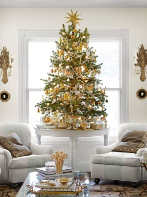 Gold Christmas Decoration Ideas (39)