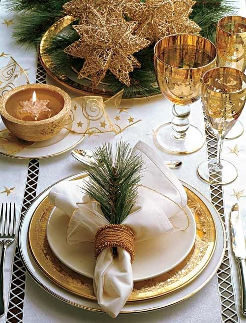 Gold Christmas Decoration Ideas (7)