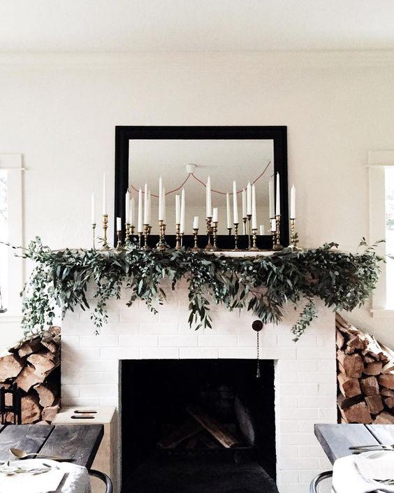 Modern Christmas Tree Ideas (14)
