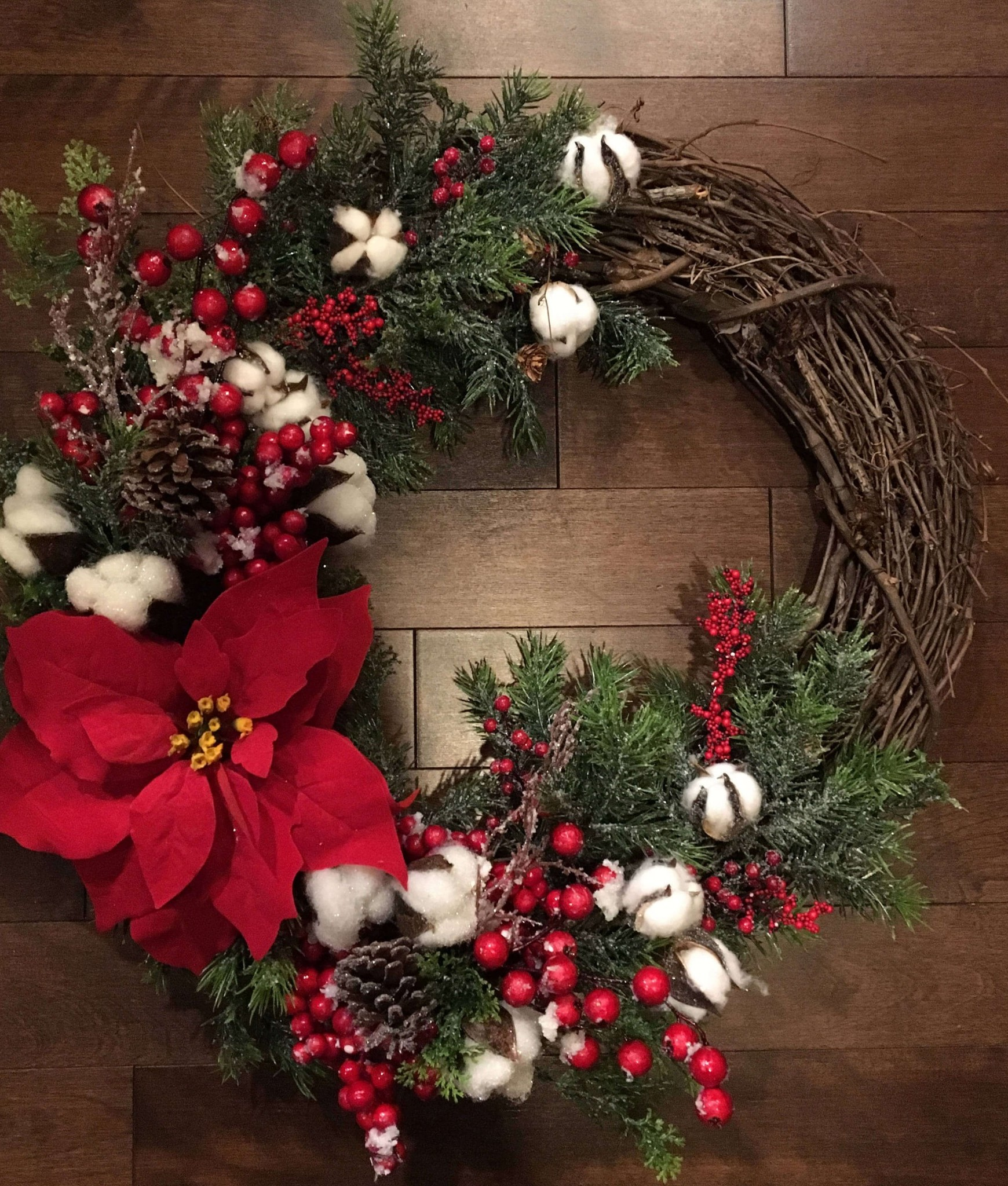 Top red christmas decoration ideas to get inspired wow decor - Admirable christmas wreath decorating ideas to welcome the december ...