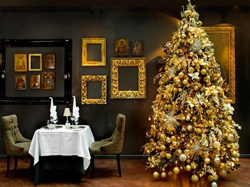 gold christmas decor ideas 5