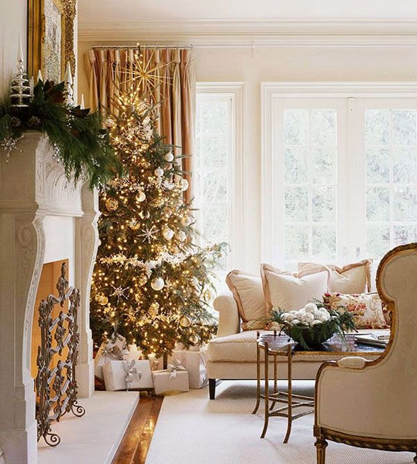 Gold Christmas Decor Ideas (6)
