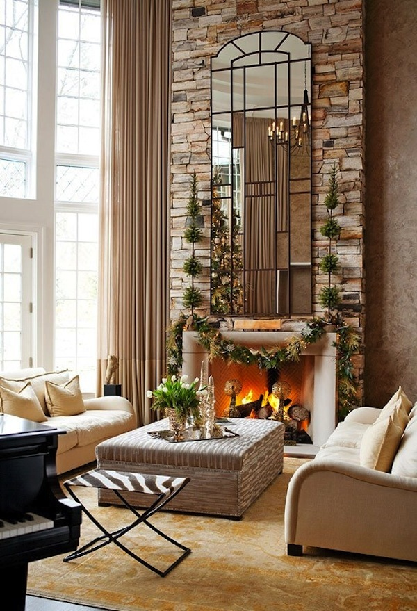 Moderns Christmas Mantel Decorating Idea
