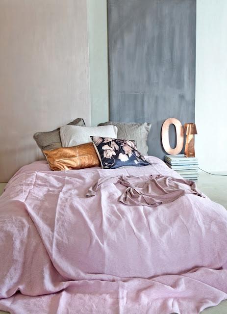 Stunning Bedroom Decor Ideas thewowdecor (35)
