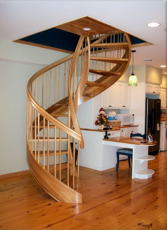 Wooden Spiral Staircase (2)