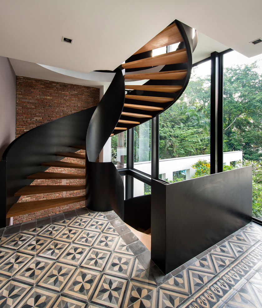 Wooden Spiral Staircase (24)