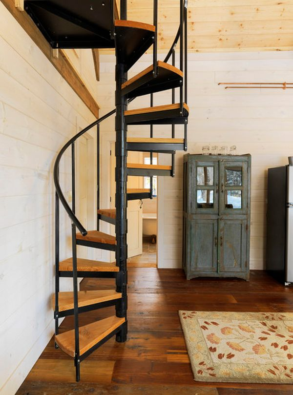 Wooden Spiral Staircase (30)