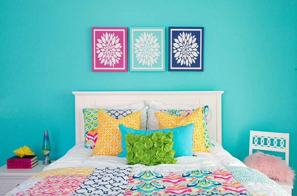 Transitional Style Teens Bedroom With Bold Color Scheme Thewowdecor