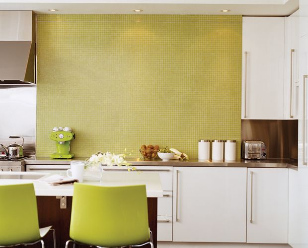 Stainless Steel And Glossy White Cabinetry Thewowdecor