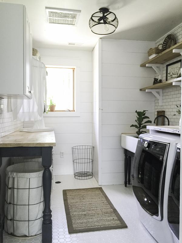 Laundry Room (12)